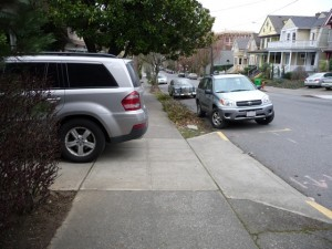 NW Townhouse w/van blocking sidewalk