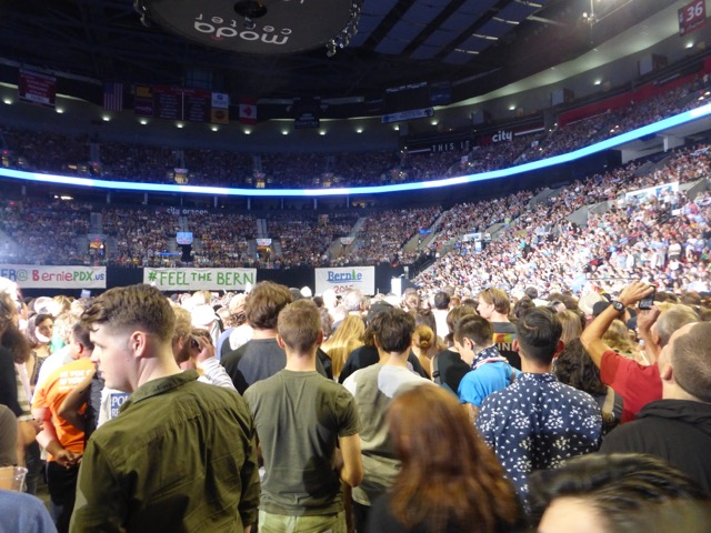 Moda Center crowd, Aug. 9, 2015